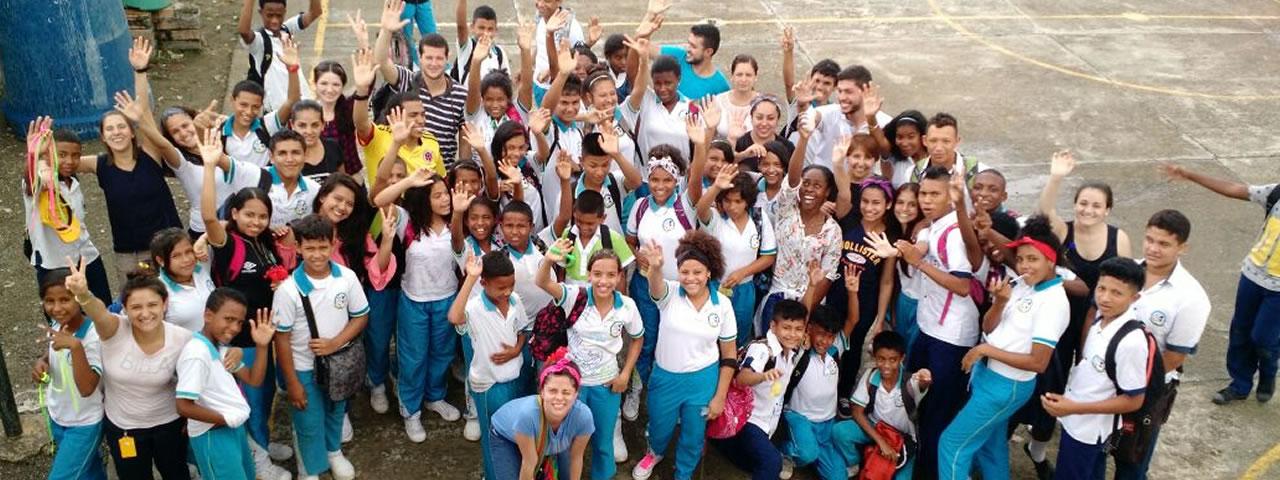 somos comunidad en enseña por colombia